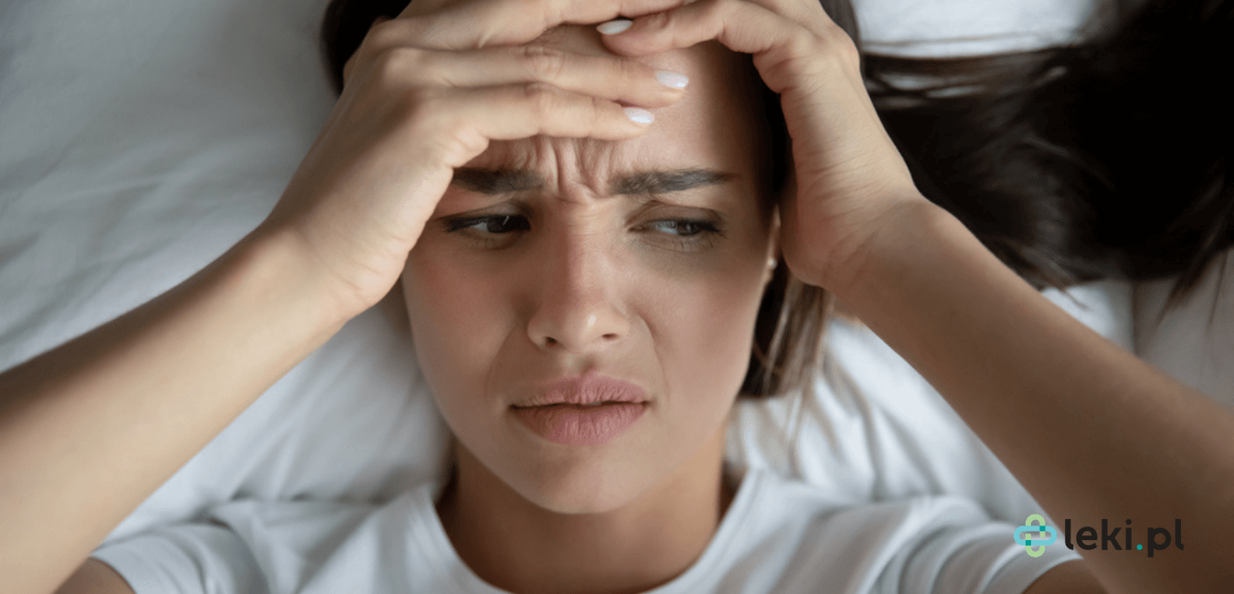 Dowiedz się, czy migrena to schorzenie, z którym można walczyć, stosując suplementy? Czy witaminy i zioła mogą zapobiec lub skrócić napad? (fot. Shutterstock)