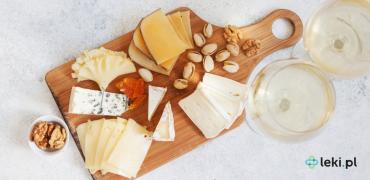 Efekt serowy, czyli niebezpieczne połączenie leków z serami