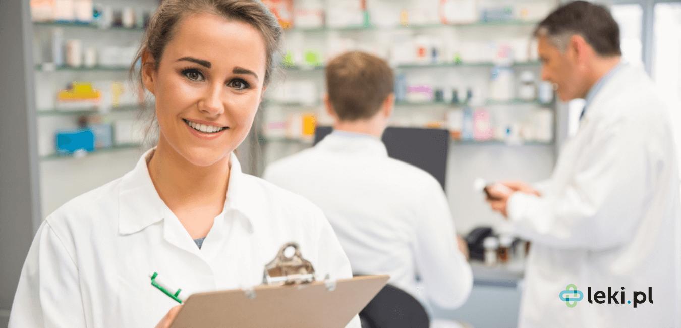 Schemat pracy, jaki znamy w aptekach, będzie odchodzić w przeszłość. Już niedługo farmaceuta pomoże Ci w nowy sposób. (fot. Shutterstock)