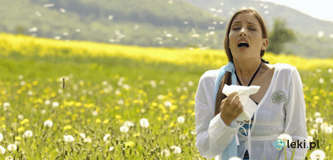 Alergiczny nieżyt nosa, potocznie katar sienny, to sezonowe (alergiczne) zapalenie błony śluzowej nosa wywołane reakcją igE-zależną. (fot. Shutterstock)