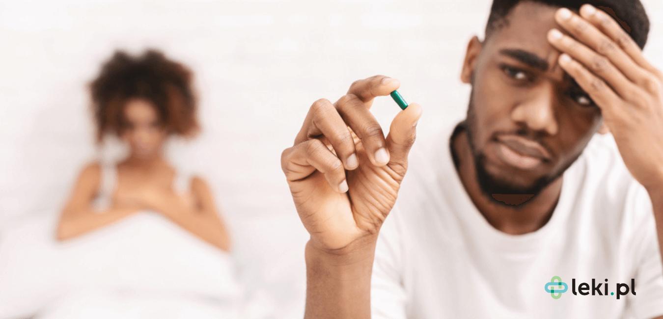 Istnieje wiele preparatów na problemy z erekcją. Czasami pomocne stają się metody niefarmakologiczne. Zapoznaj się z opcjami terapeutycznymi. (fot. Shutterstock)
